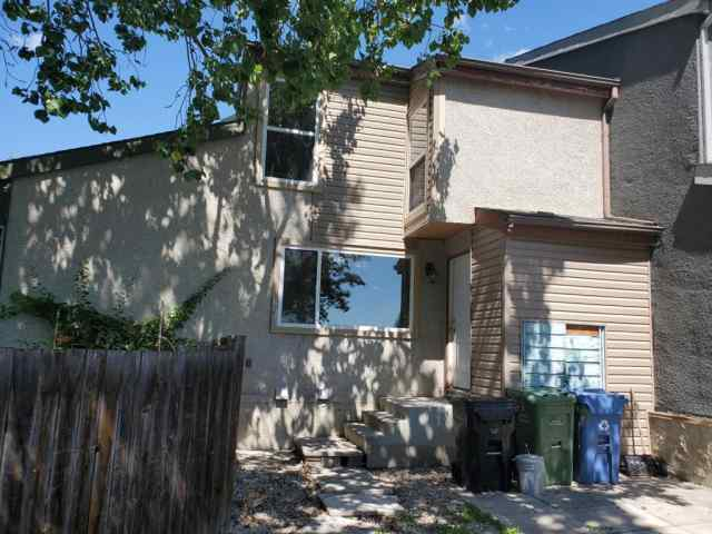 280 Pensville Close SE in Penbrooke Meadows Calgary
