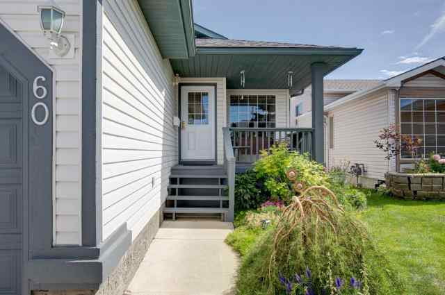 MLS® #A1012919 60 DOUGLAS RIDGE Close SE T2Z 2M4 Calgary