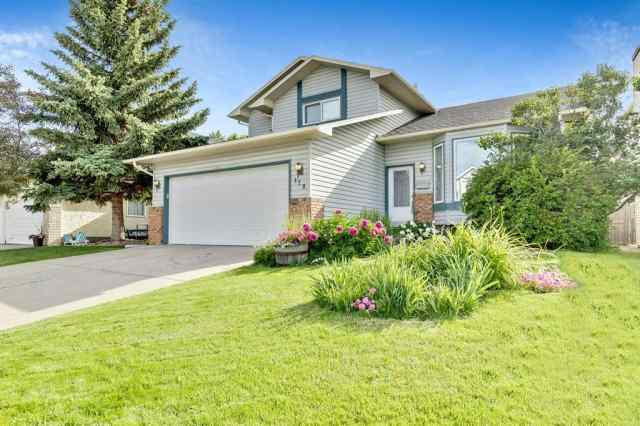 179 WOOD VALLEY Drive SW in  Calgary MLS® #A1012981