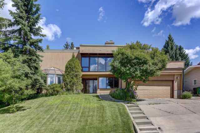 1640 CAYUGA Drive NW in Collingwood Calgary