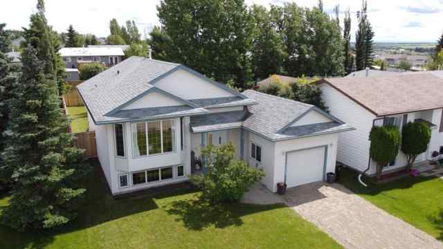 818  Cherry  Street in N/A Beaverlodge MLS® #A1014340