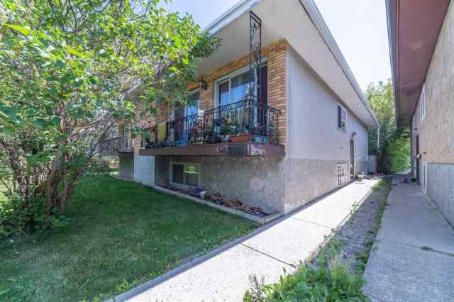 621 13 Avenue NE in Renfrew Calgary