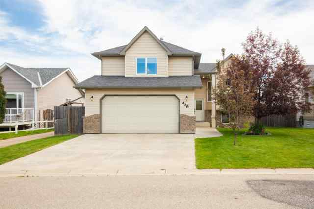 436 Carriage Lane Cross N in NONE Carstairs MLS® #A1015591