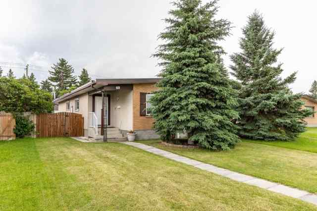 7305 37 Avenue NW in Bowness Calgary