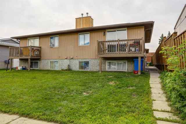 2, 4543 7 Avenue SE in Forest Lawn Calgary