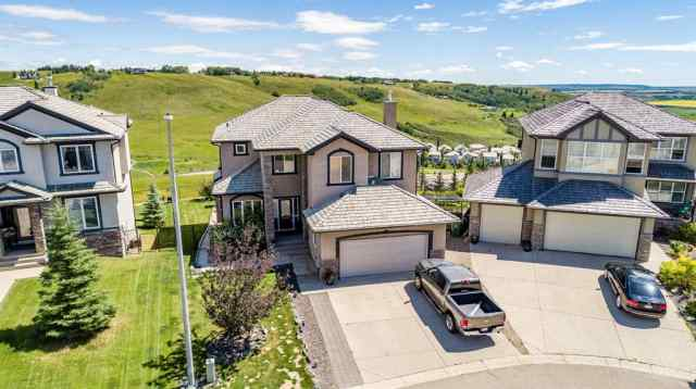 204 Gleneagles Estates  LANE in GlenEagles Cochrane MLS® #A1016982
