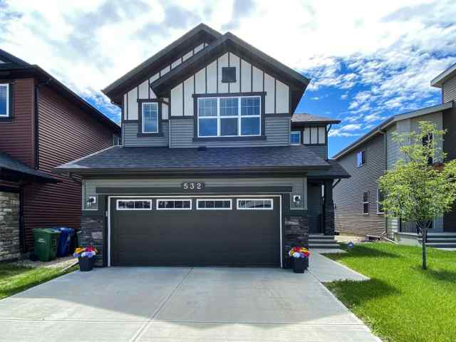 532 EVANSBOROUGH Way NW in Evanston Calgary