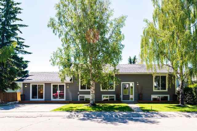 5203 BARRON Drive NW in Brentwood Calgary