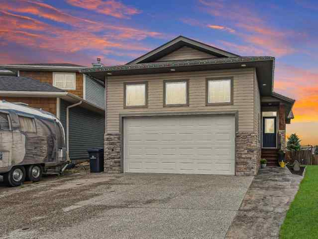 1020 HIGHLAND GREEN Drive NW in Highland Green Estates High River MLS® #A1017945