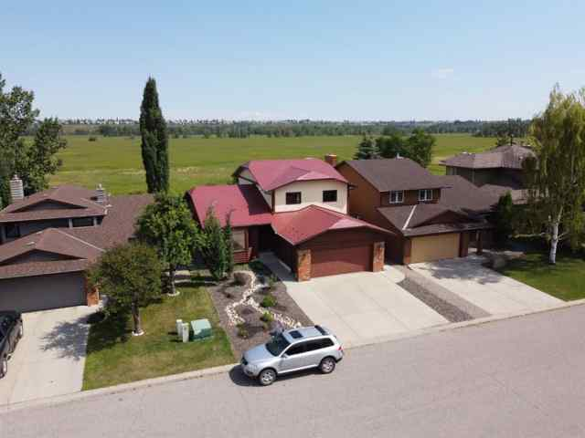 44 DEERMOSS Crescent SE in Deer Run Calgary