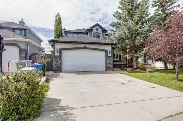 238 DOUGLASVIEW Court SE in Douglasdale/Glen Calgary