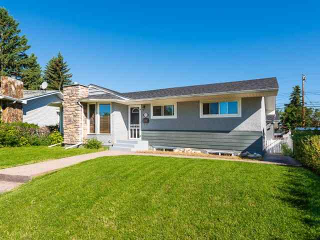 Acadia real estate 9727 Austin Road SE in Acadia Calgary