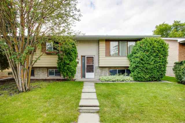 Queensland real estate 284 Queen Alexandra  Road in Queensland Calgary