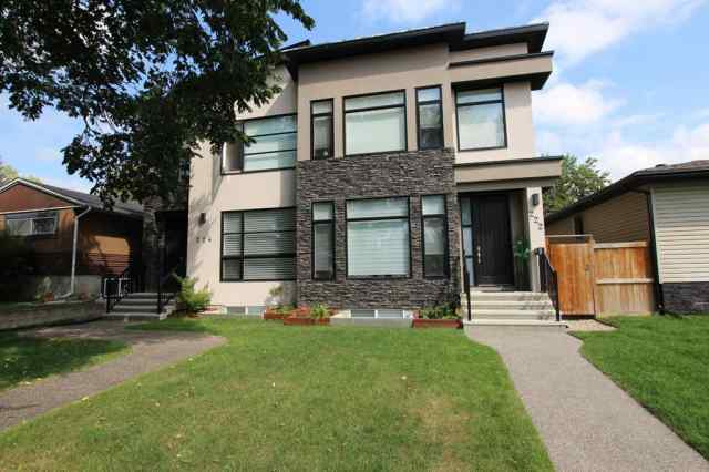 222 41 Avenue NW in Highland Park Calgary