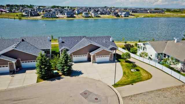 127  WESTLAKE Bay in Strathmore Lakes Estates Strathmore