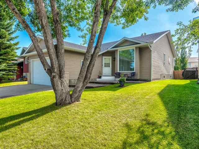 222 Tanner Drive SE in Thorburn Airdrie MLS® #A1019131