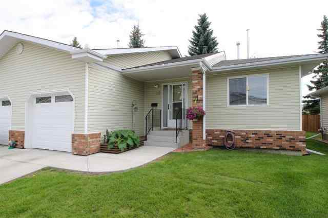 35, 2821 Botterill Crescent T4R 2E5 Red Deer