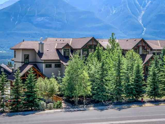Benchlands real estate 302, 801 Benchlands Trail NE in Benchlands Canmore
