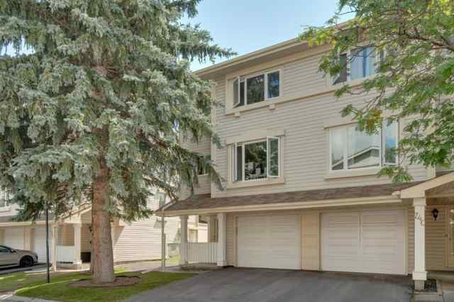 Queensland real estate 738 QUEENSTON Terrace SE in Queensland Calgary