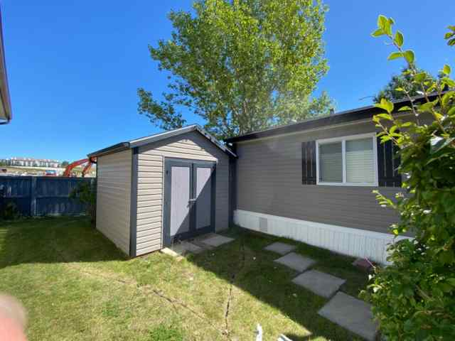 MLS® #A1019701 92, 99 Arbour Lake Road NW T3G 4E4 Calgary