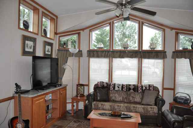25  SOUTH BOUND  LANE in Country Lane RV Park Rural Foothills County MLS® #A1020003