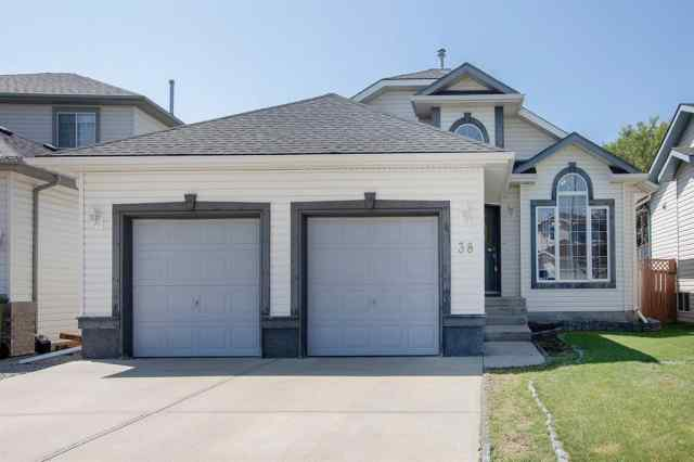 38 Canoe Circle SW in Canals Airdrie MLS® #A1020103