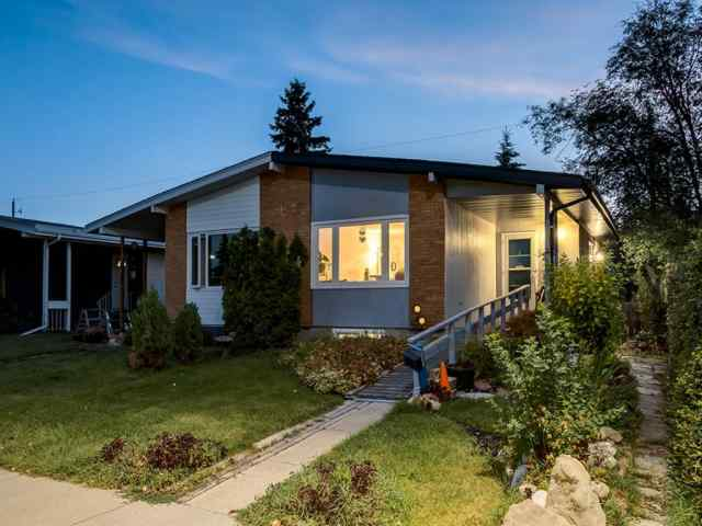 25 GALBRAITH Drive SW in Glamorgan Calgary MLS® #A1020235