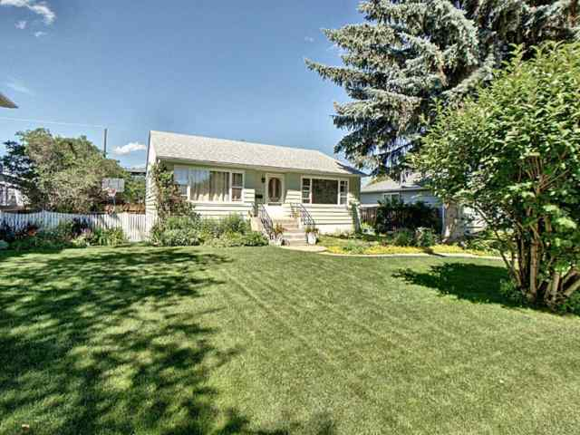 3624 Kilkenny Road SW in Killarney/Glengarry Calgary