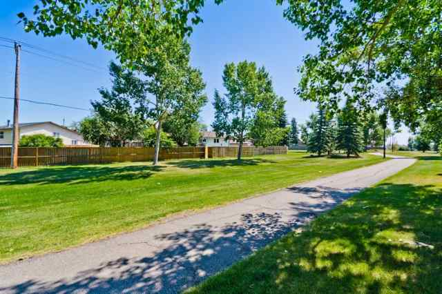MLS® #A1020357 325 BIG SPRINGS  Court SE T4A 1K6 Airdrie