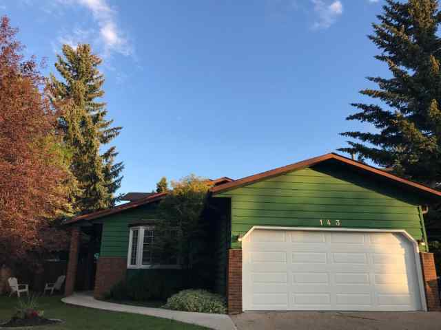 143  Deercross Road SE in Deer Run Calgary