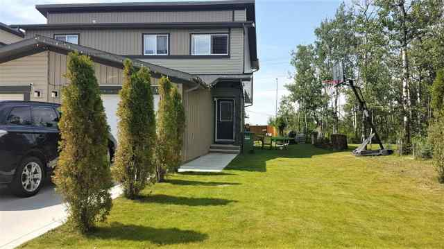 48 Greenhouse Place in Glendale Red Deer