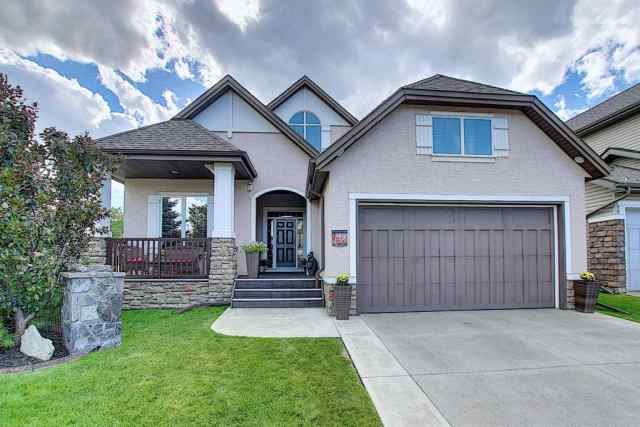 138 ELGIN ESTATES Hill SE in McKenzie Towne Calgary MLS® #A1021145