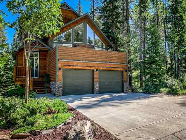 1000 Lawrence Grassi Ridge in Quarry Pines Canmore