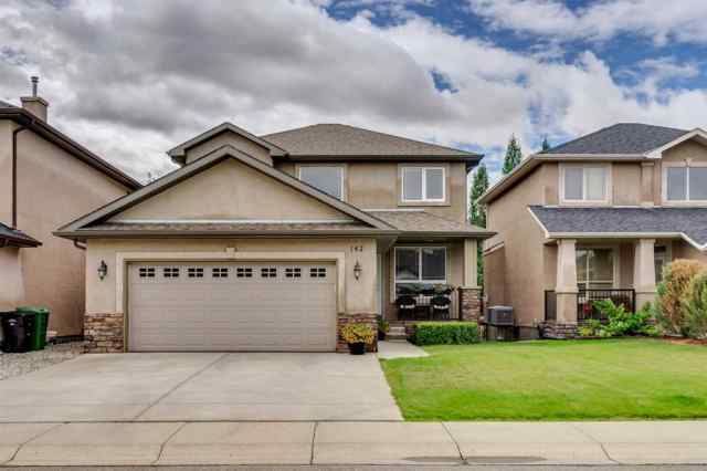 Evergreen real estate 142 EVERGLADE Way SW in Evergreen Calgary