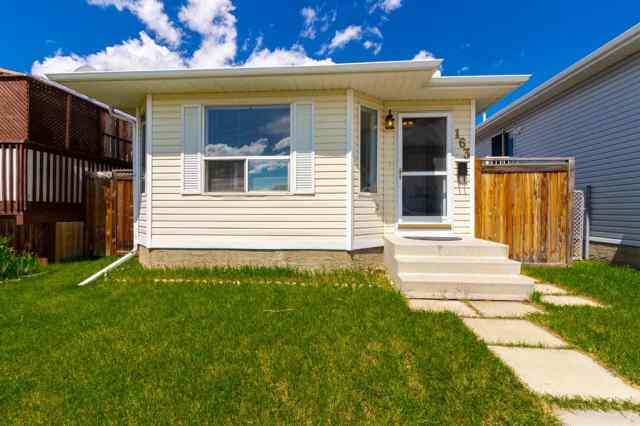 163 APPLEBROOK Circle SE in  Calgary MLS® #A1021919