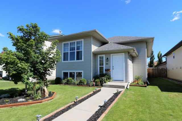 181 IRELAND Crescent in Inglewood Red Deer