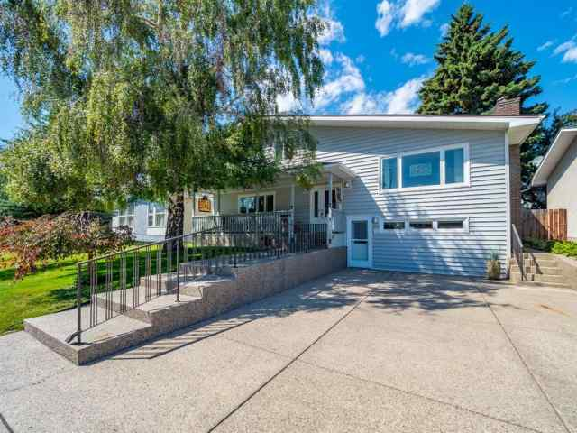4739 NIPAWIN Crescent NW in  Calgary MLS® #A1022193