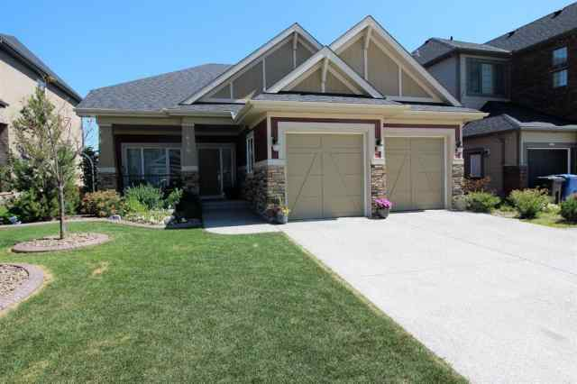 Westmere real estate 610 MARINA Drive in Westmere Chestermere