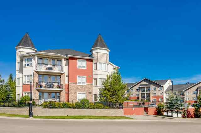 544, 26 VAL GARDENA View SW in  Calgary MLS® #A1022435