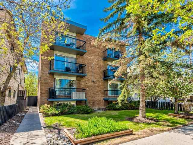 #302, 1625 11 Avenue SW in Sunalta Calgary