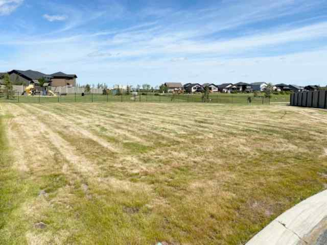 8, 2715 73  Avenue T9V 3L7 Lloydminster