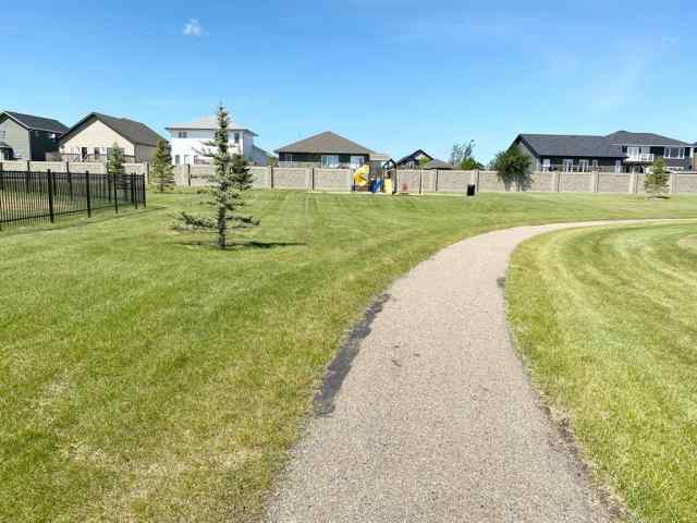 MLS® #A1022680 8, 2715 73  Avenue T9V 3L7 Lloydminster