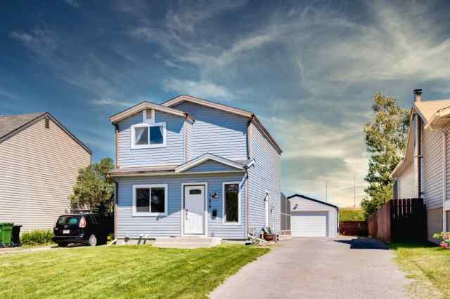 156 ABINGDON Way NE T2A 6R8 Calgary