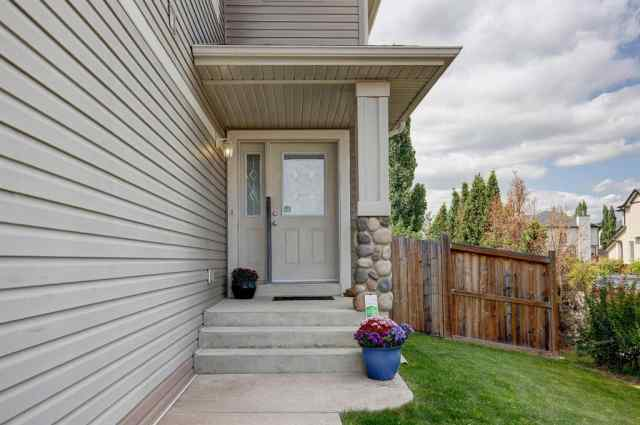 MLS® #A1023213 157 EVERRIDGE Drive SW T2Y 5A5 Calgary