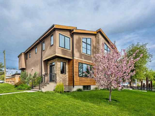 3702 21 Avenue SW in Killarney/Glengarry Calgary