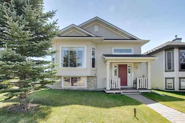 204 STONEGATE  Drive NW in Stonegate Airdrie