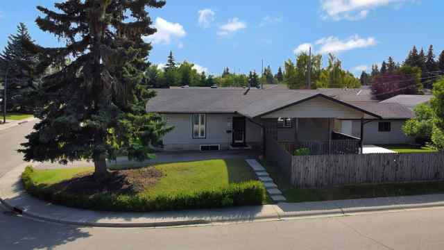 Willow Park real estate 618 WILLOWBURN Crescent SE in Willow Park Calgary