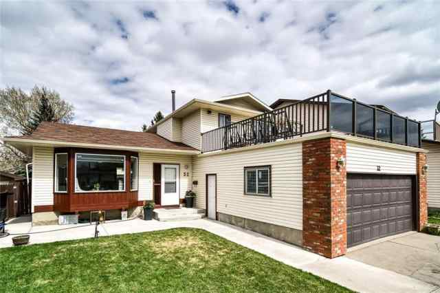 32 TEMPLEVALE Way NE in Temple Calgary MLS® #A1024134