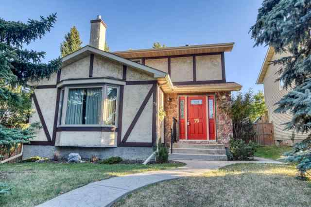 75 Bearbarry Close NW T3K 1R4 Calgary