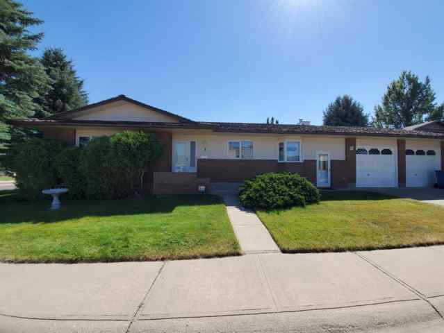 3 Kings Crescent S T1K 5G4 Lethbridge